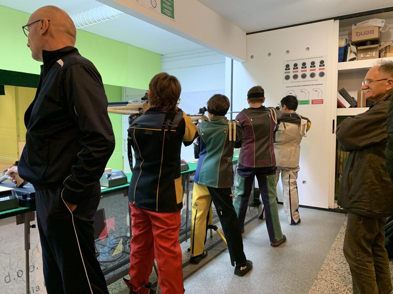 Drugo kolo 1.B Hrvatske Lige Rovinj strijelci Streljačkog kluba rovinj i streljačkog kluba istra marčana natjecanje u streljaštvu zračni pištolj