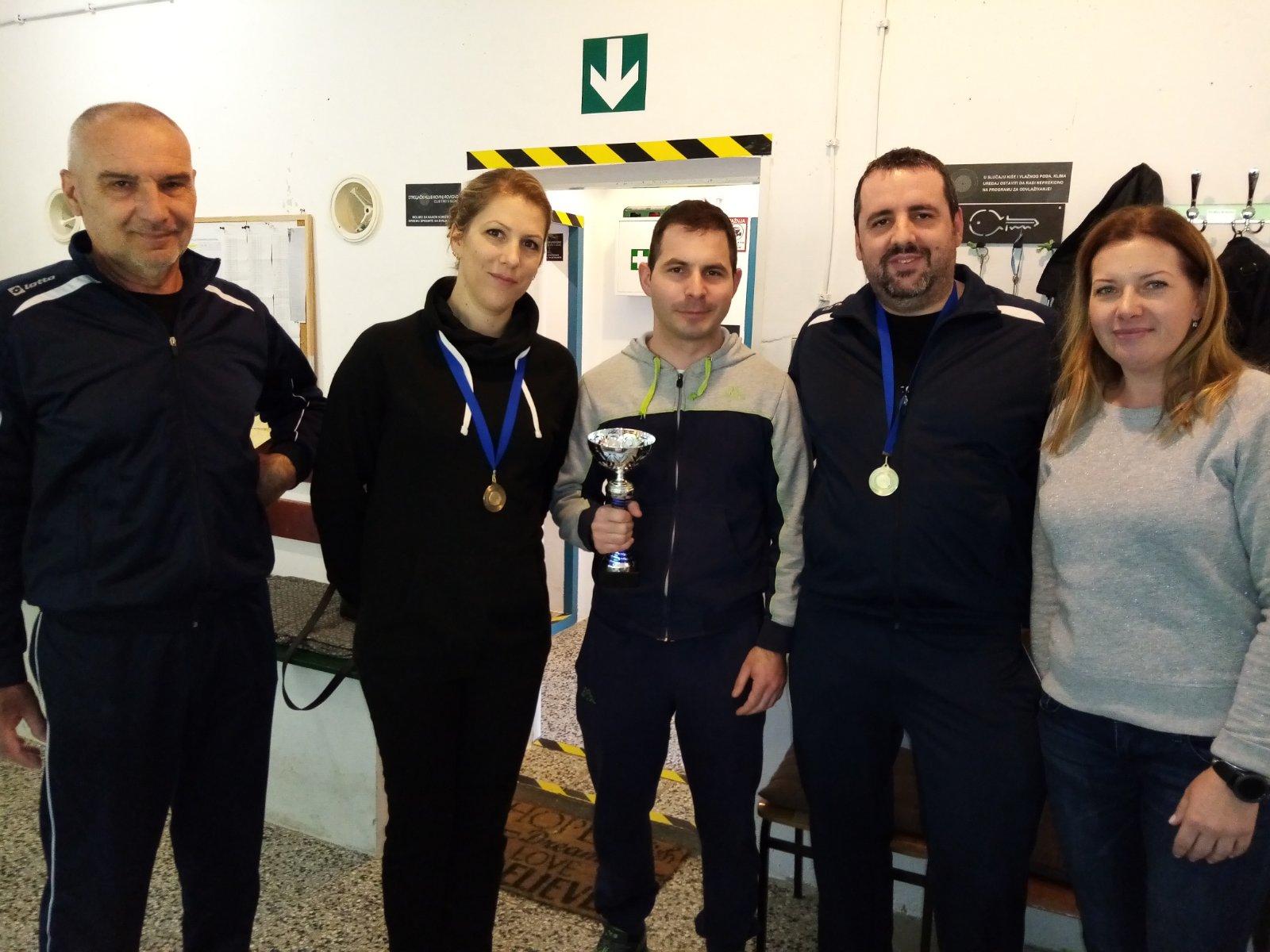 Sudionici prvenstva istarske županije zračna puška i pištolj issf seniori