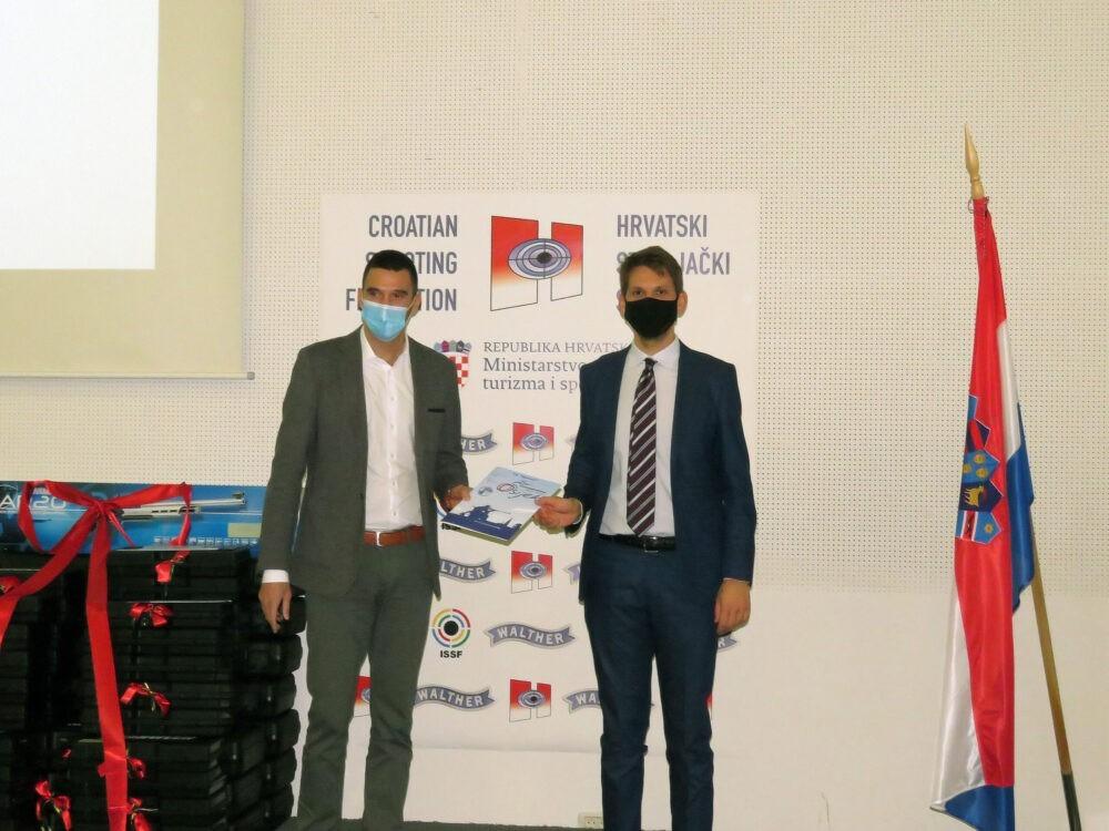 Investicija u sportsko streljaštvo SK Rovinj dobio novo oružje